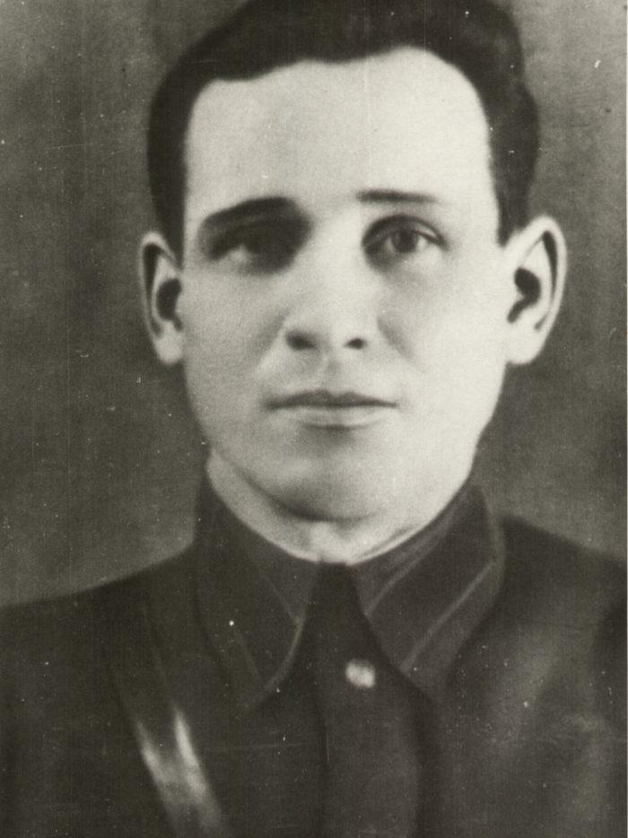 Герой Советского Союза Николай Иванович Кононов